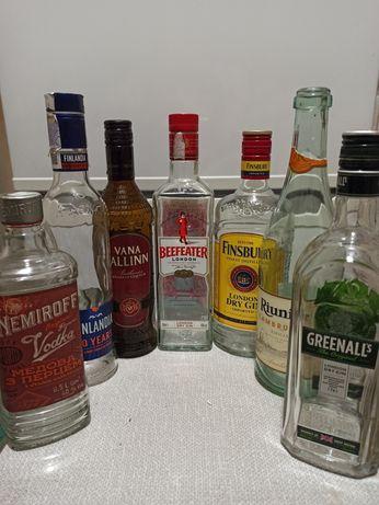 Скляні пляшки віддам безкоштовно