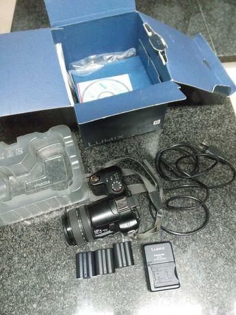 Panasonic Lumix (bridge) com lente Leica