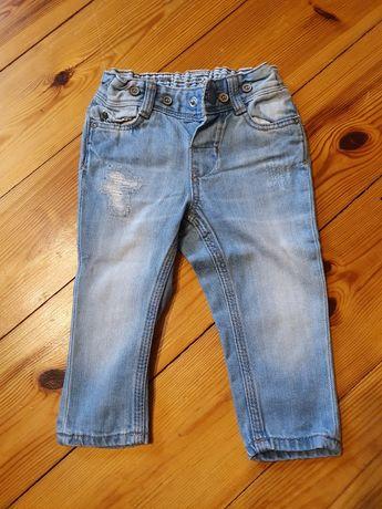 Jeansy przecierane łaty dziury H&M HM modne 68 chłopiec