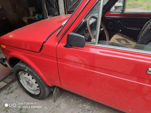 Нива ВАЗ 2121, 1981 года выпуска.