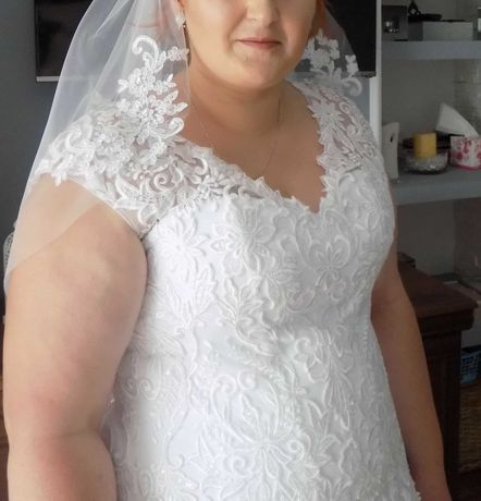 Suknia ślubna roz.48-52