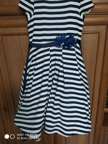 Шикарное платье размер 146-160