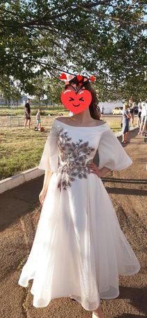 Выпускное, свадебное платье