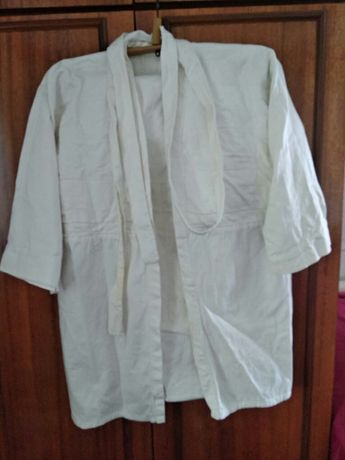 Продаю кимоно б/у