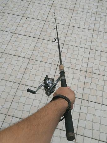 Cana de pesca Vega + Carreto Shimano + oferta material diverso