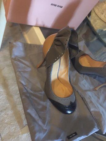 Sapatos Miu Miu/Prada maravilhosos