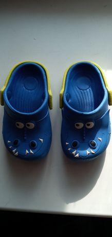 Продам Crocs 13,5-14см