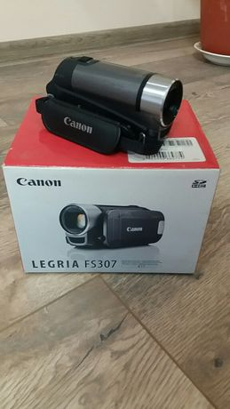 Відеокамера Canon