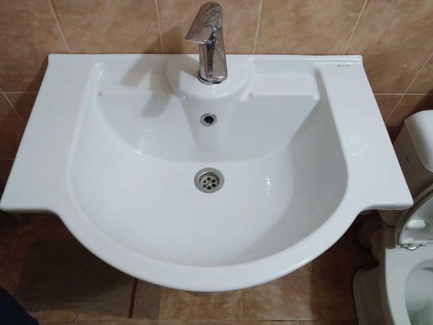 Умывальник тюльпан в ванну