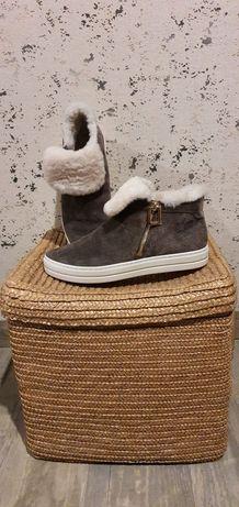 Тёплые замшевые ботинки RV