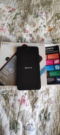 Lumia 640 xl 2sim в отличном состоянии