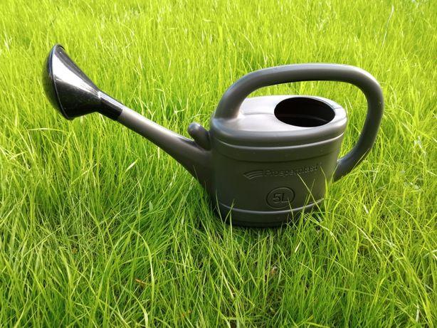 Nowa konewka konefka 5 litrów polewaczka pojemna wytrzymała poręczna