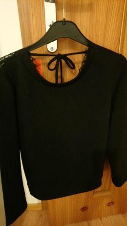 Sweterek koronka