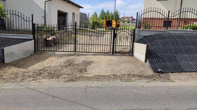 Montaz ogrodzeń,panelowe,siatkowe,przęsła kute,bramy