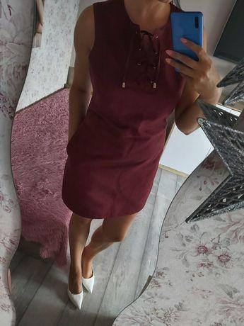 Sukienka z metką