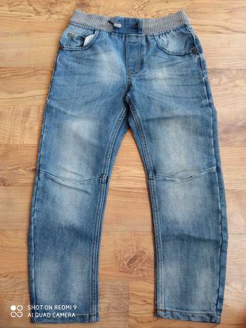 Jeansy dżinsy spodnie r. 128