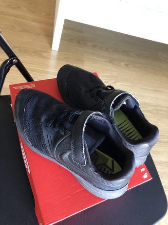 Tenis Nike tam 34