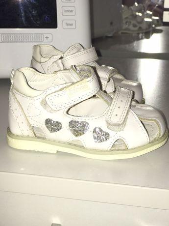 Босоножки (сандали) для девочки Clibee 22 размер