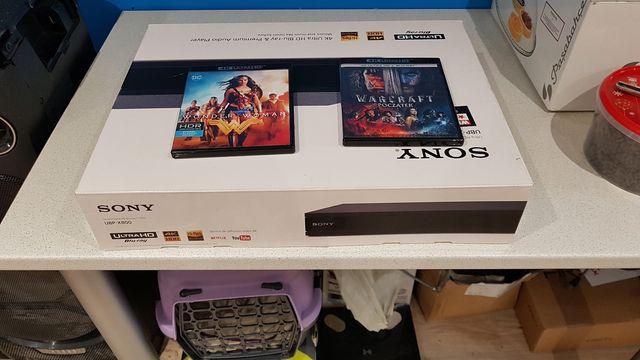 SONY UBP-X800 czarny DVD 4K Warcraft Wonder Woman + kabel HDMI 4K
