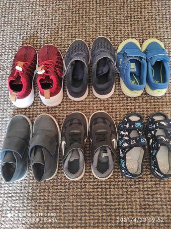 Продам дитяче взуття розмір 24,25,26