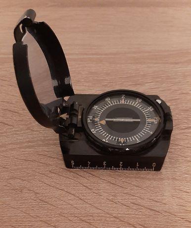 Kompas artyleryjski wojskowy