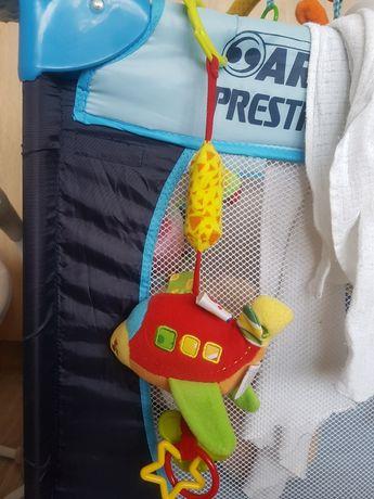 Zabawka samolot, zawieszka, gryzak dla niemowlaka