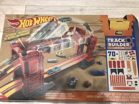Hot Wheels tor wyścigowy, ruchomy most