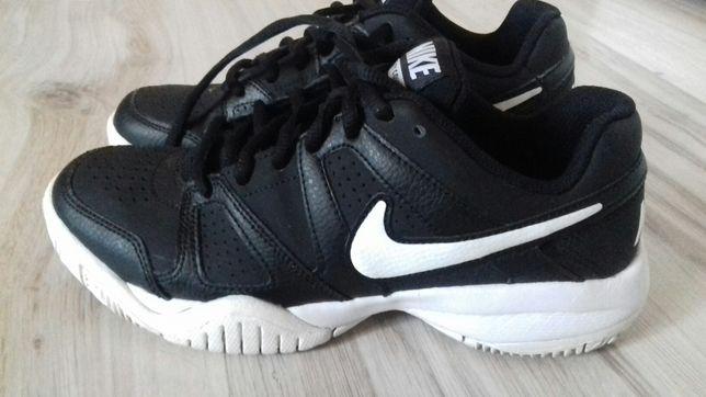 Nike rozmiar 36,5 dl wkładki 23,5 cm