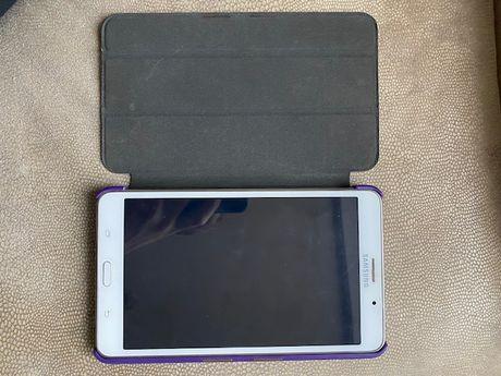продам планшет Samsung Galaxy Tab4 новый