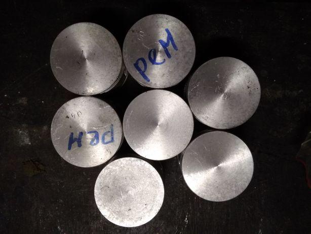Поршень компрессора Зил-130,Маз,Камаз