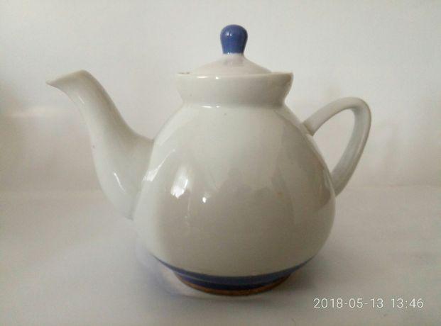 Заварник фарфор изящный Полонное ссср чайник белый маленьки заварничек