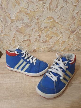 Adidas Neo кроссы 31 размер