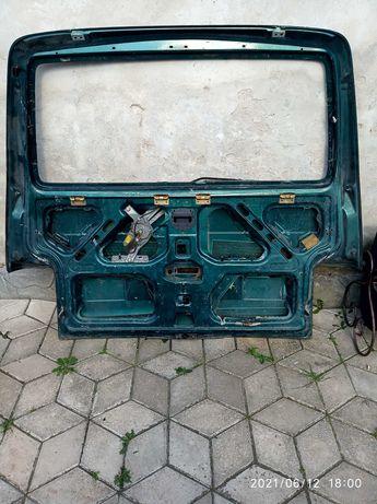Ляда т4 Кляпа т4 двері багажника т4