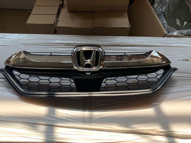 Решетка Радиатора с Хромом Honda CR-V 2017 USA 71121-TLA