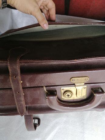 Продам чемодан ретро, времен СССР.