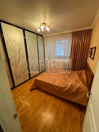 Продам видовую 2-к кв-ру с двумя балконами Холодная Гора ул. Ильинская