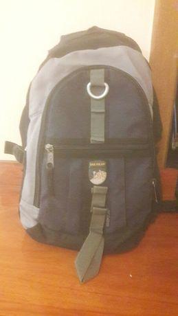 Продам рюкзак, школьный рюкзак,ранец,портфель, сумка.