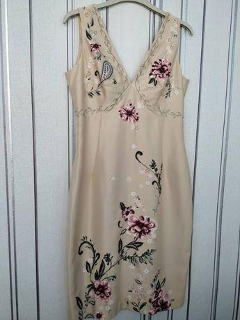 Нарядное элегантное платье Marks&Specer