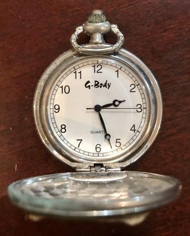 Relógio de bolso antigo da marca G.Body