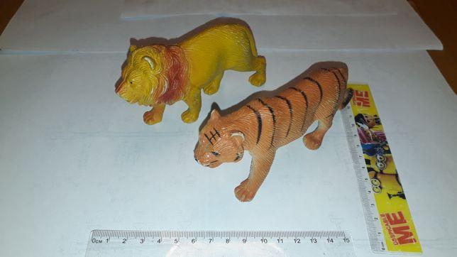 Lew i tygrys figurki zabawki