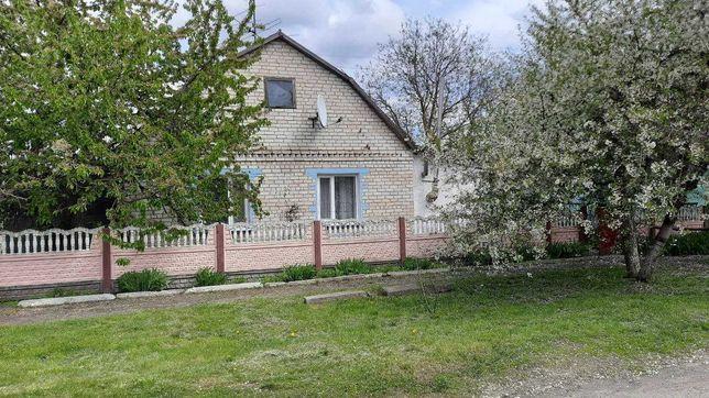 Продам будинок в  селі Любомирівка, Згурівського р-ну  Київської обл.