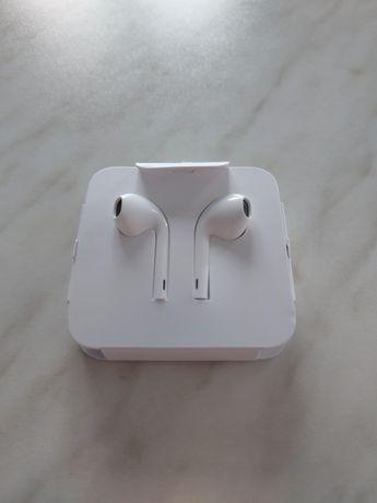 Słuchawki Apple AirPods Lightning connector iPhone iPad
