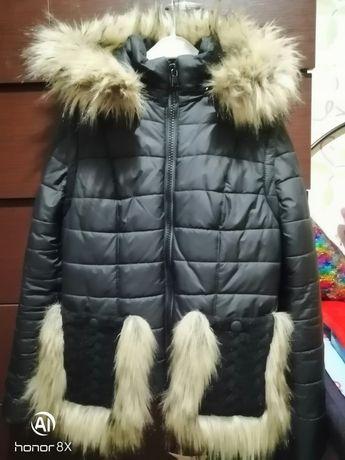 Продам осенние-весеннюю куртку-жилетку.