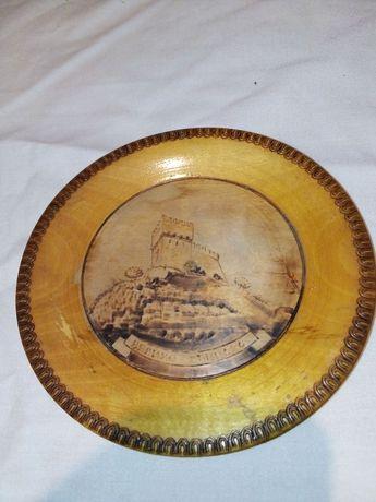 Сувенир старинный  деревянный
