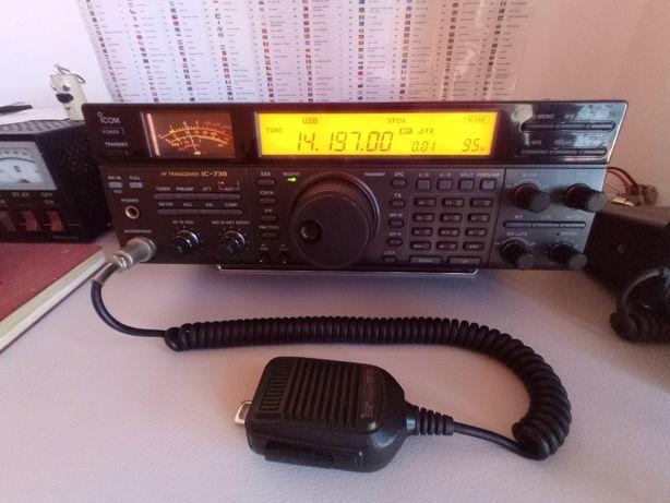 ICOM IC-738 rádio amador muito estimado