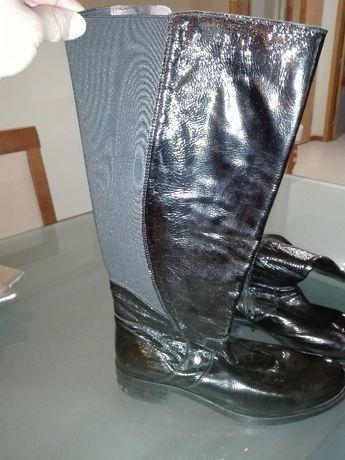 Botas altas pretas
