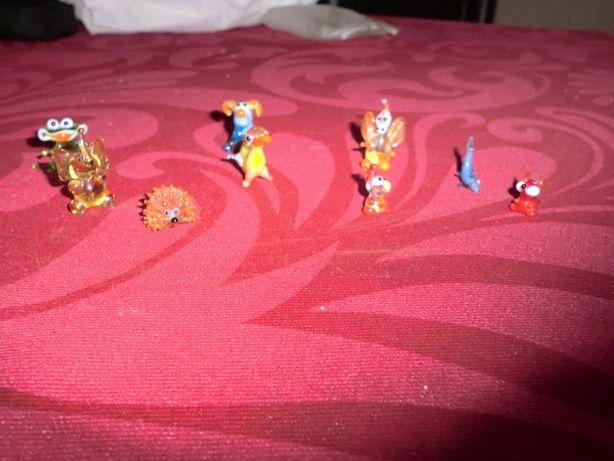 Mini bonecos de vidro
