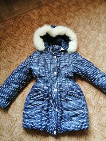 Курточка зимняя-134 р.