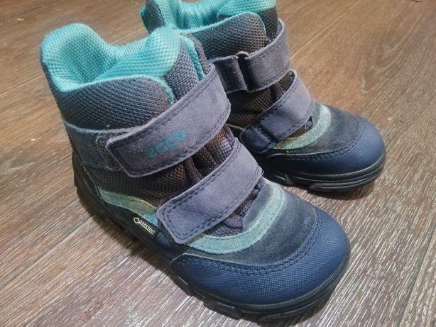Ботинки  зимние для мальчиков ecco. 27 размер