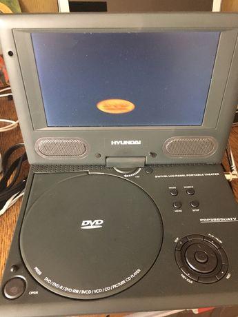 Przenośny odtwarzacz na płyty i karty Hyundai PDP388SUATV